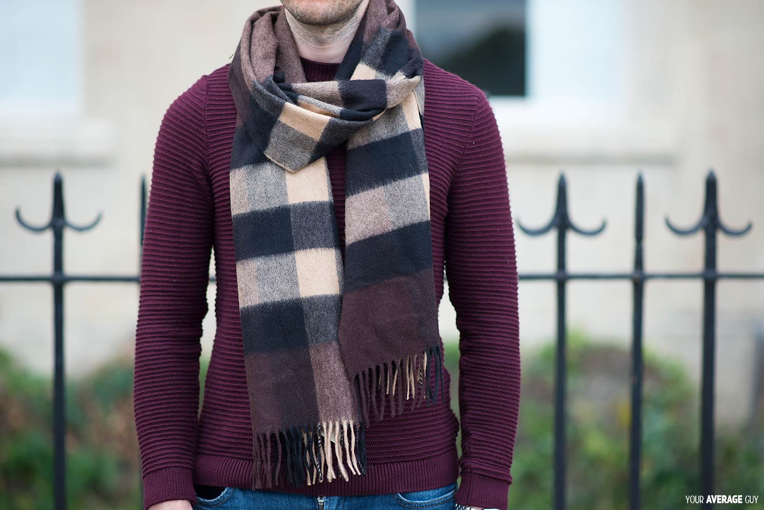 How-To-Tie A-Scarf The Once Around