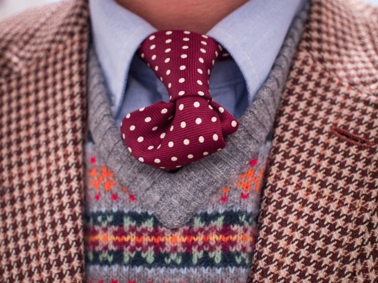 slim-fitting-christmas-jumpers-for-men-main