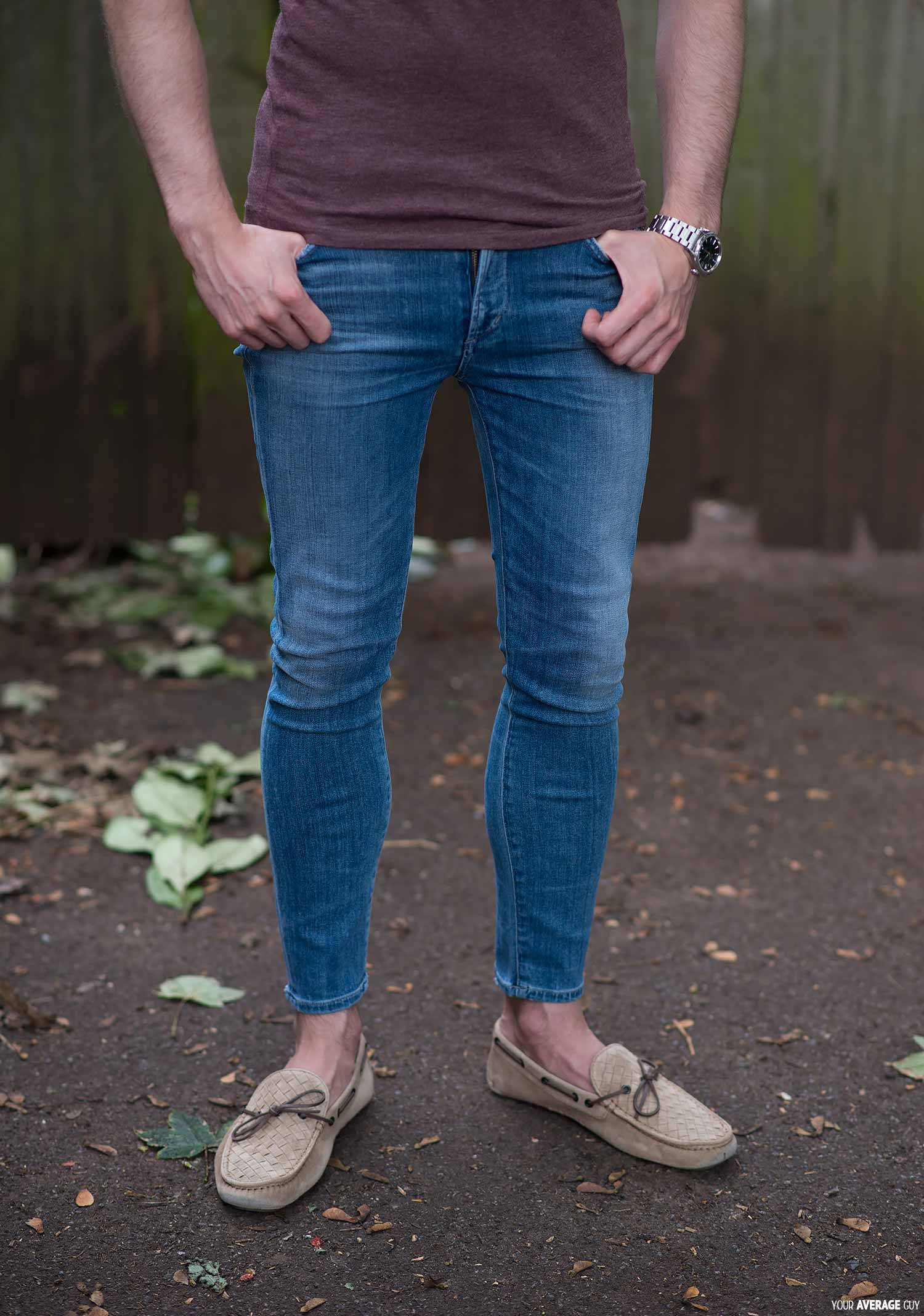 womens skinny jeans on a man