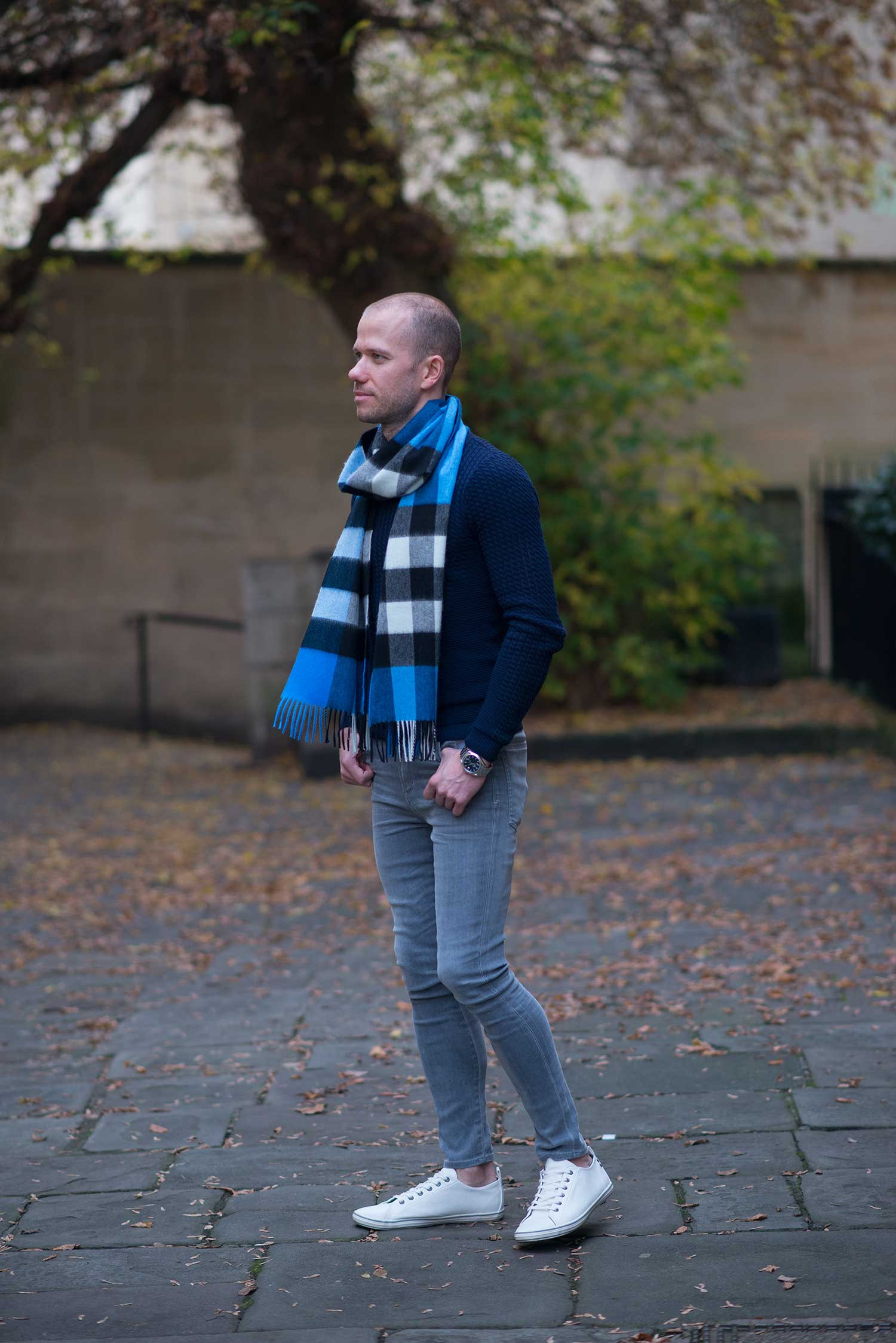 blue-burberry-scarf-navy-sweater-mens-outfit