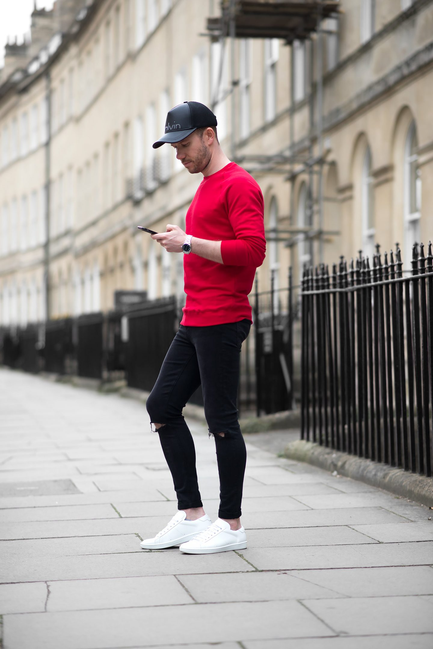 2896cd51bff ... Mens-Fashion-Blogger-Red-Sweatshirt-Ripped-Black-Skinny-Jeans-Baseball- Cap-Outfit-1440x2157.jpg ...