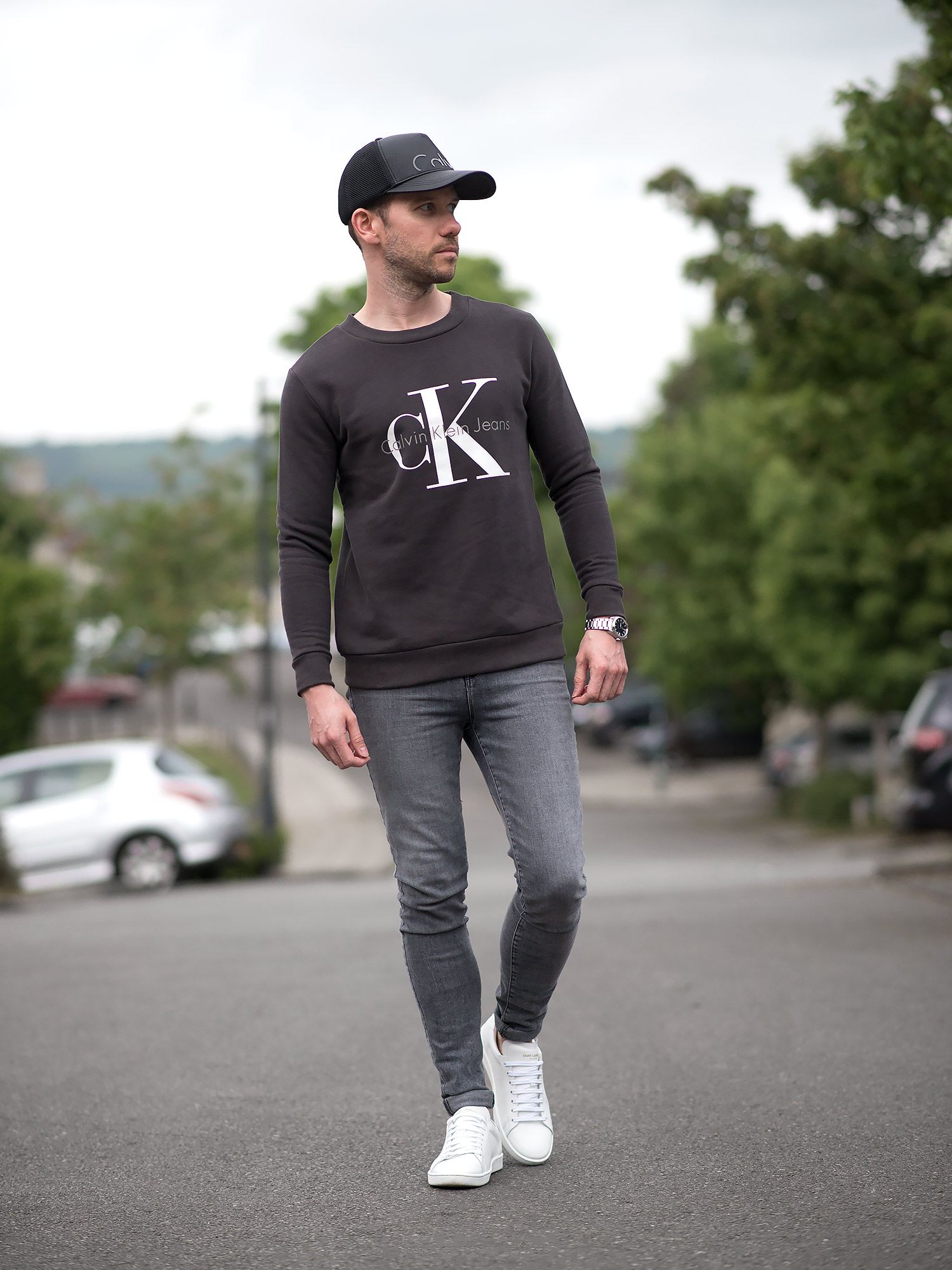 Calvin Klein Sweatshirt And J Brand Grey Skinny Jeans Outfit   Your Average Guy