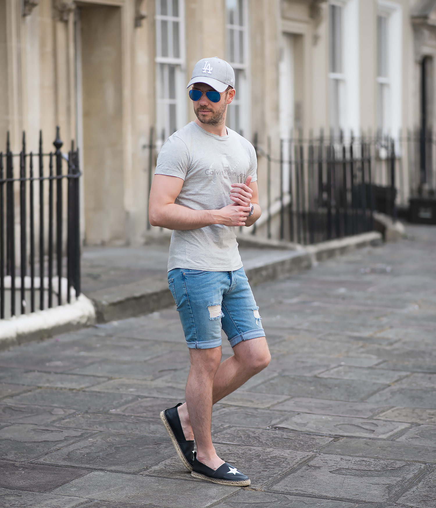 Calvin Klein T Shirt And Topman Skinny Denim Shorts Outfit | Your Average Guy