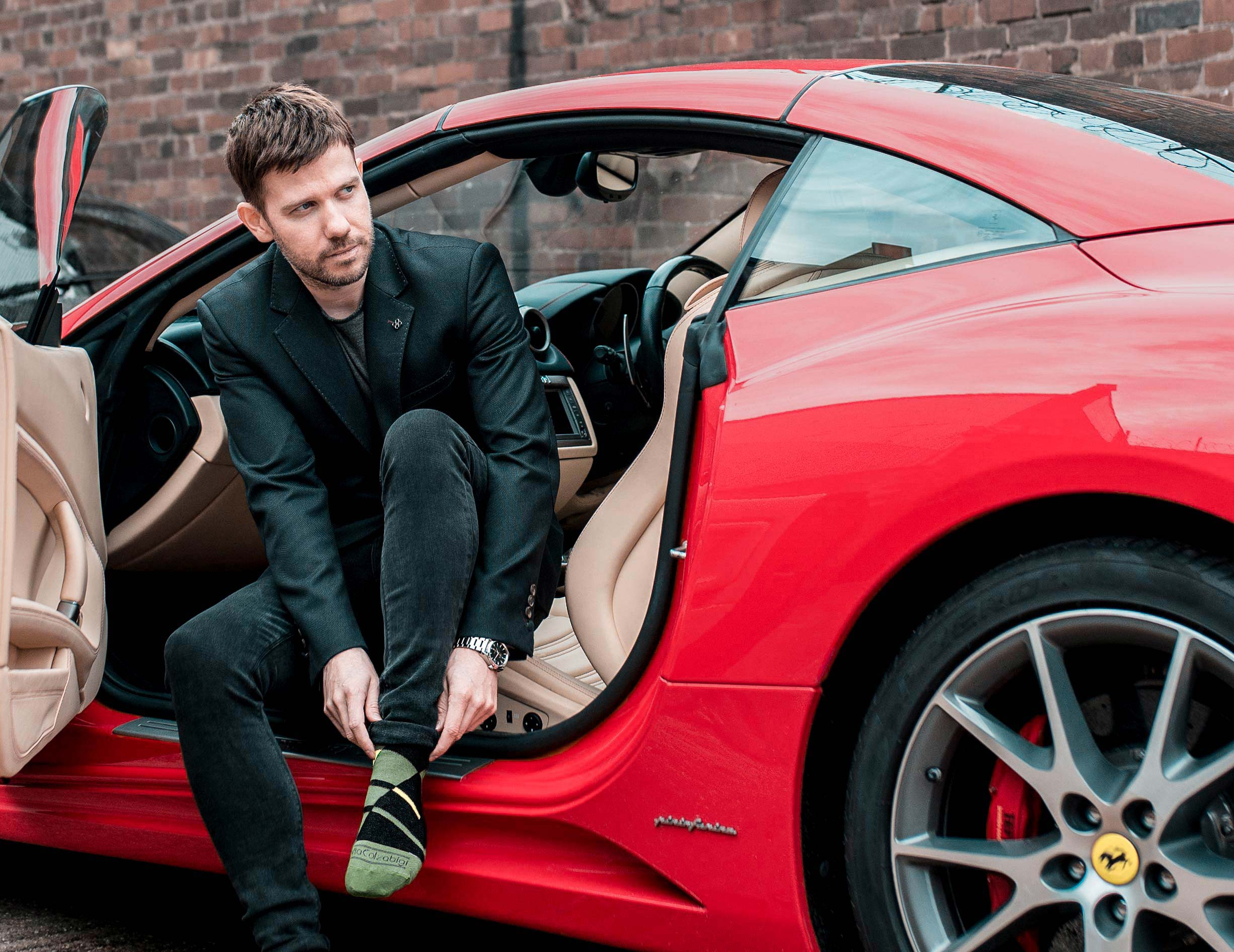 Mens UK Fashion Blogger Ferrari California